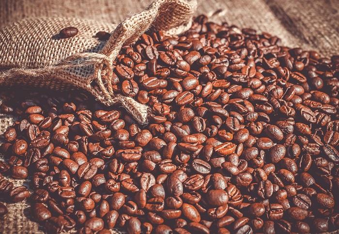 Zrnková káva patrí medzi obľúbené